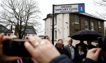 """Фреди Меркјури """"добио"""" улицу у Лондону"""