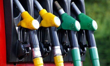 Пале цене дизела и бензина