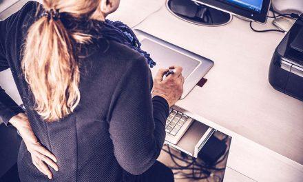 Kада радите за рачунаром од куће посебну пажњу обратите на леђа