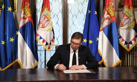 Председник Александар Вучић расписао парламентарне изборе за 26. април