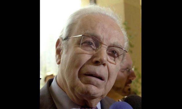 Preminuo bivši generalni sekretar UN Peres de Kueljar