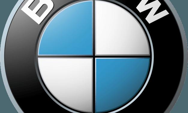BMW menja svoj logo