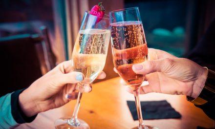 На Вама је да изаберете: Представе уз чашу шерија или шампањца