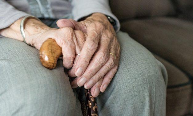 U ustanovama socijalne zaštite i domovima za smeštaj odraslih i starih zaraženo 799 korisnika i 405 zaposlenih