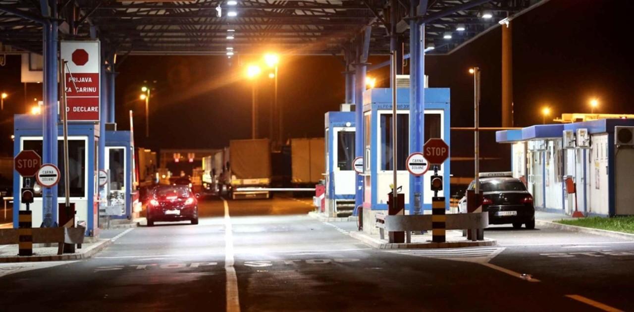 Србија затворила неке граничне прелазе са Хрватском и БиХ