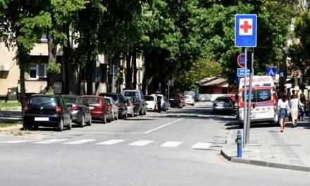 Ulica Jovana Šerbanovića od službe Hitne Pomoći pa do Njegoševe ulice dvosmerna