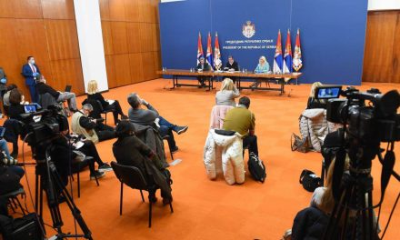Редовне конференције у 15х од данас без новинара, питања мејлом