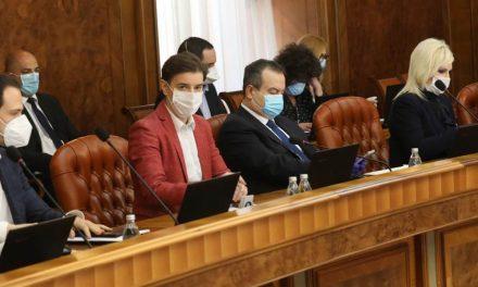 Vlada Srbije: Privrednici i građani su u obavezi da poštuju određene mere