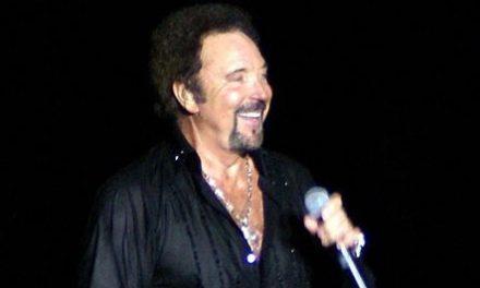 Tom Džons, pevač moćnog glasa i brojnih hitova slavi 80. rođendan