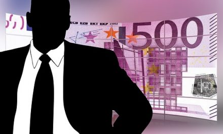 Tukli ga, tražeći mu da im da 500 evra na ime navodnog duga