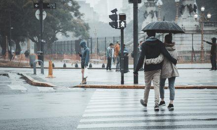 Do srede oblačno sa kišom, ponegde kratkotrajne nepogode