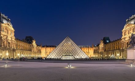 Na današnji dan pre 227 godina otvoren muzej Luvr u Parizu