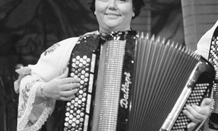 Najveća srpska umetnica na harmonici Radojka Živković