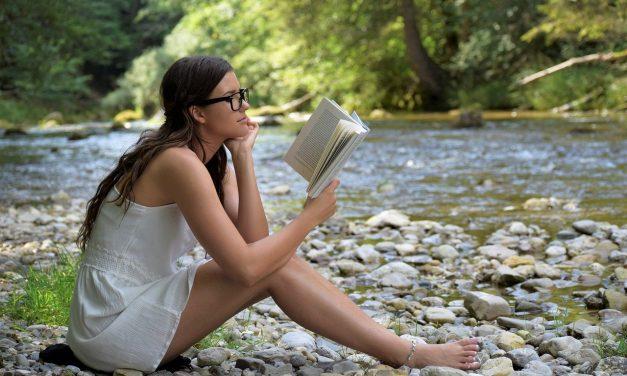 Da li deca radije čitaju ili guglaju?