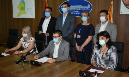 """Potpisan ugovor o saradnji između Grada Požarevca i privatnog vrtića """"Sova"""""""