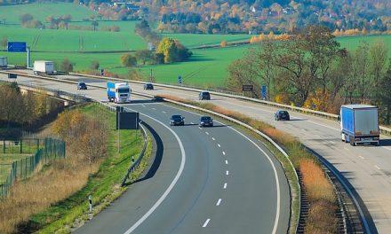 Javna sednica komisije za uvid u nacrt prostornog plana za auto-put Beograd-Niš, petlja Požarevac 21. septembra