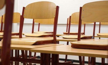 Danas počinje jesenji raspust za sve učenike u Srbiji