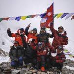 """Prvi put u istoriji osvojen je najokrutniji planinski vrh K2 u zimskim uslovima – tim predvođen Nirmalom Purdžom pokorio """"Okrutnu planinu"""""""