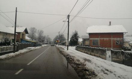 AMSS: Obilne padavine otežale saobraćaj, visina snežnog pokrivača negde povećana i 40 cm