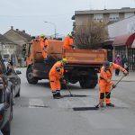 Veliko Gradište: Radovi na letnjem održavanju putne infrastrukture