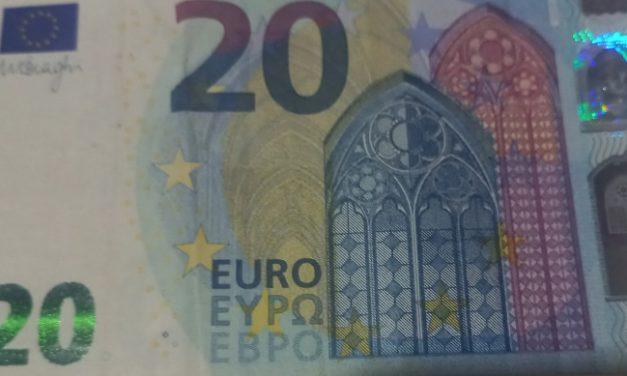 Vučić: Svim punoletnim građanima još 20 evra u decembru