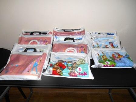 Uručeni paketići za školu najmlađim učenicima iz socijalno ugroženih porodica
